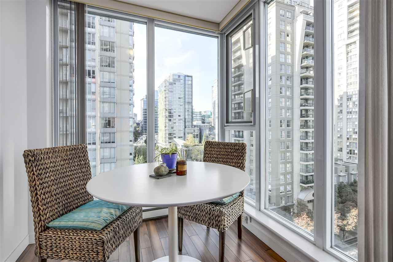 "Photo 9: Photos: 1002 1010 RICHARDS Street in Vancouver: Yaletown Condo for sale in ""THE GALLERY"" (Vancouver West)  : MLS®# R2208640"