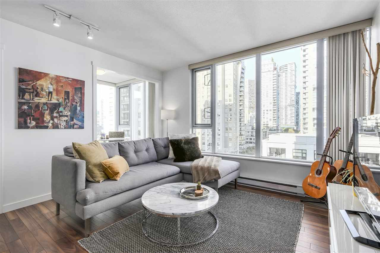 "Photo 3: Photos: 1002 1010 RICHARDS Street in Vancouver: Yaletown Condo for sale in ""THE GALLERY"" (Vancouver West)  : MLS®# R2208640"