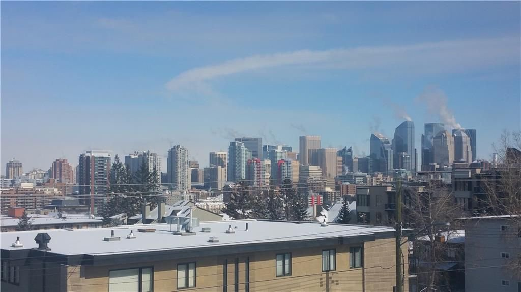 Main Photo: 11 2400 15 Street SW in Calgary: Bankview House for sale : MLS®# C4164839