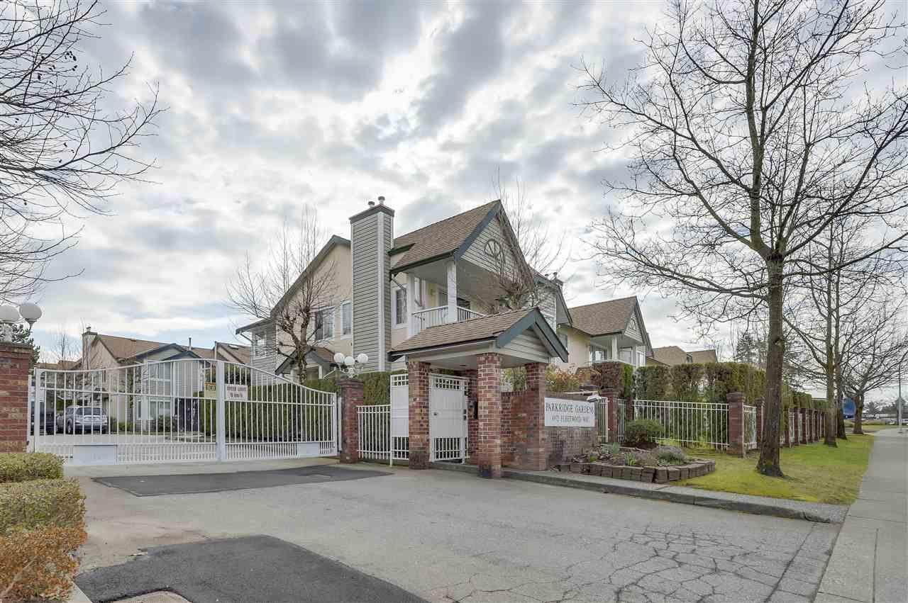 Main Photo: 201 8972 FLEETWOOD Way in Surrey: Fleetwood Tynehead Condo for sale : MLS®# R2248523