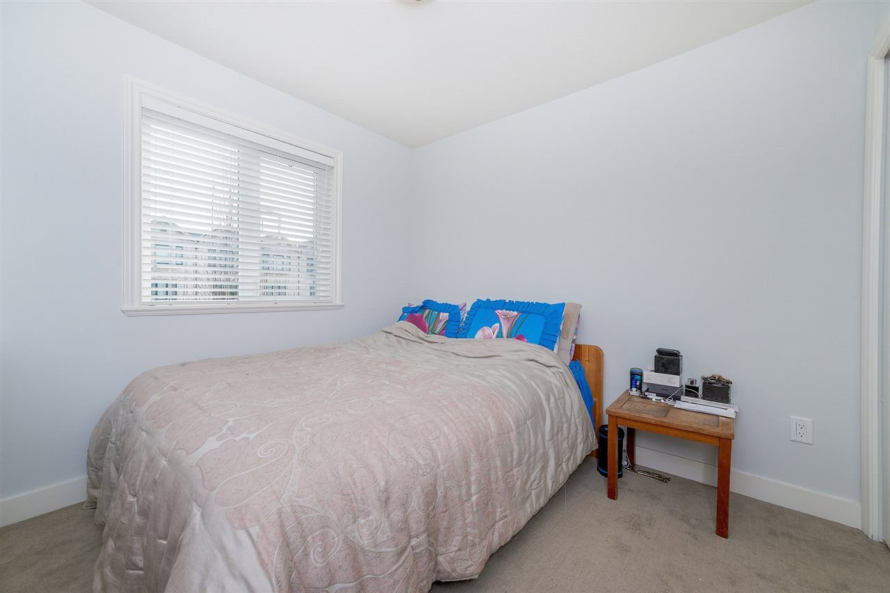 "Photo 12: Photos: 4323 KNIGHT Street in Vancouver: Knight Townhouse for sale in ""Six Homes"" (Vancouver East)  : MLS®# R2250272"