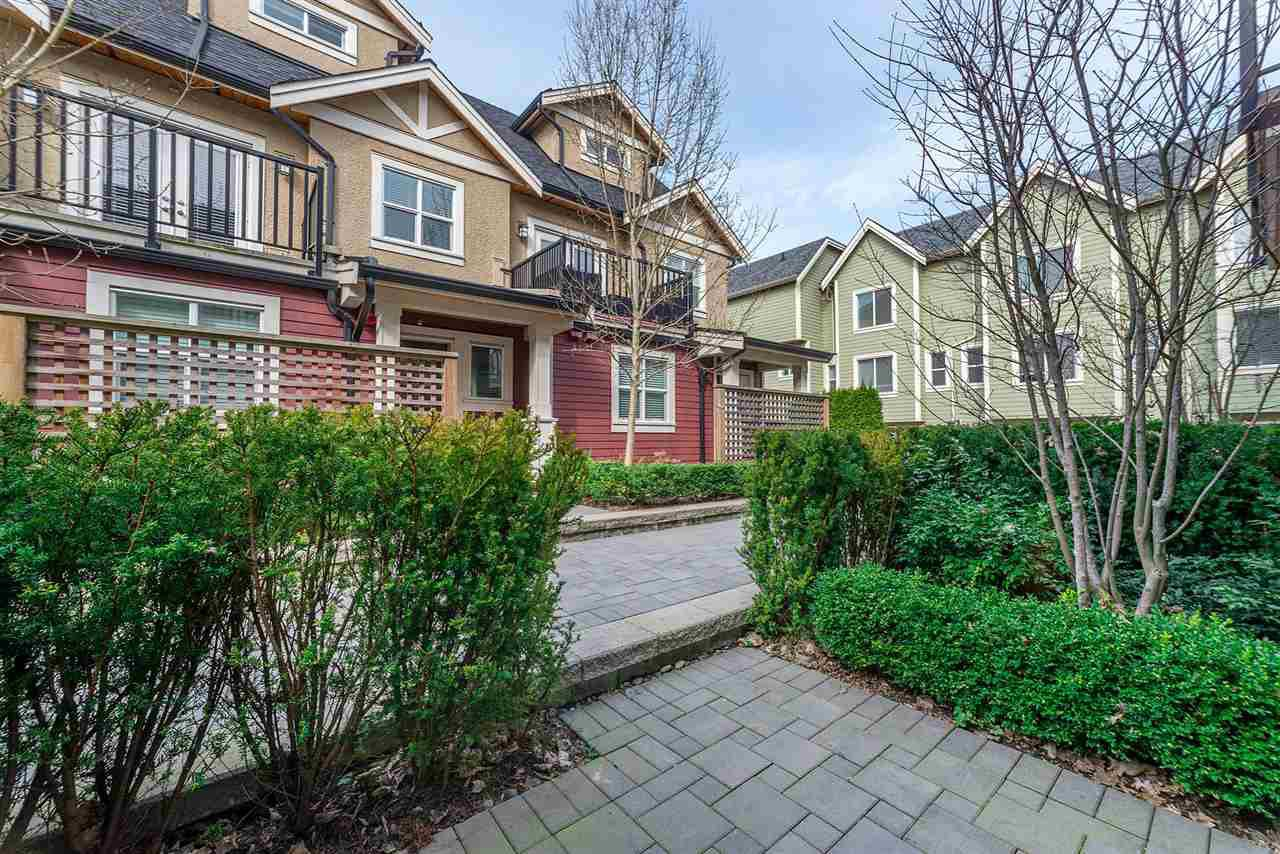 "Photo 18: Photos: 4323 KNIGHT Street in Vancouver: Knight Townhouse for sale in ""Six Homes"" (Vancouver East)  : MLS®# R2250272"