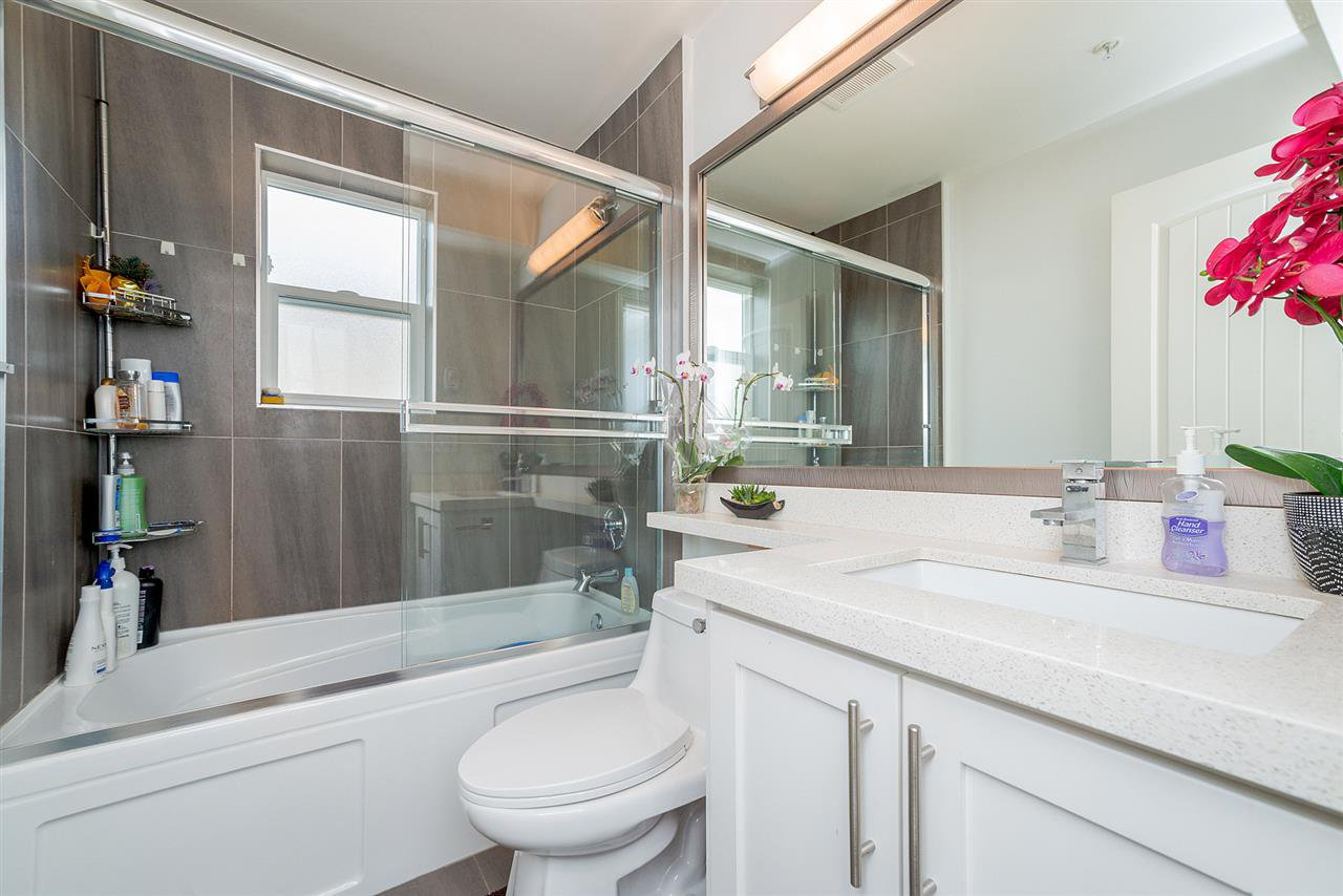 "Photo 13: Photos: 4323 KNIGHT Street in Vancouver: Knight Townhouse for sale in ""Six Homes"" (Vancouver East)  : MLS®# R2250272"