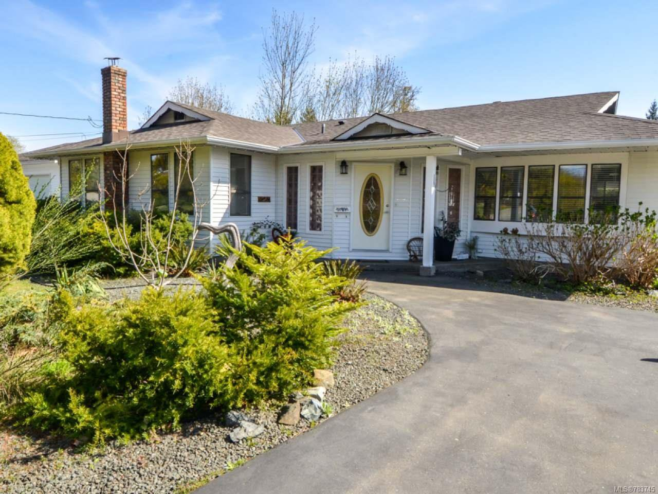 Main Photo: 2052 Wood Rd in CAMPBELL RIVER: CR Campbell River North House for sale (Campbell River)  : MLS®# 783745