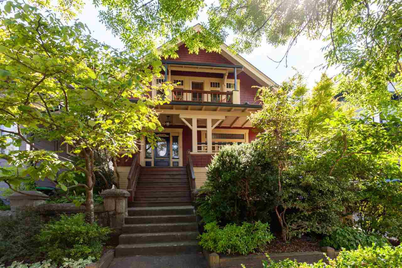 "Main Photo: 1826 GRANT Street in Vancouver: Grandview VE House for sale in ""COMMERCIAL DRIVE"" (Vancouver East)  : MLS®# R2302254"