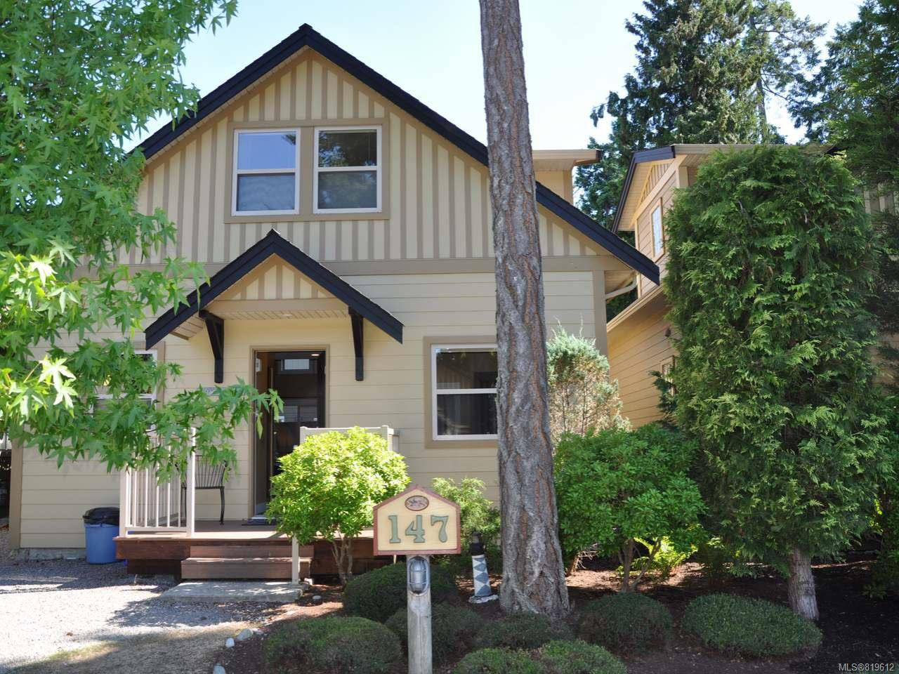 Main Photo: 147 1080 Resort Dr in PARKSVILLE: PQ Parksville Row/Townhouse for sale (Parksville/Qualicum)  : MLS®# 819612