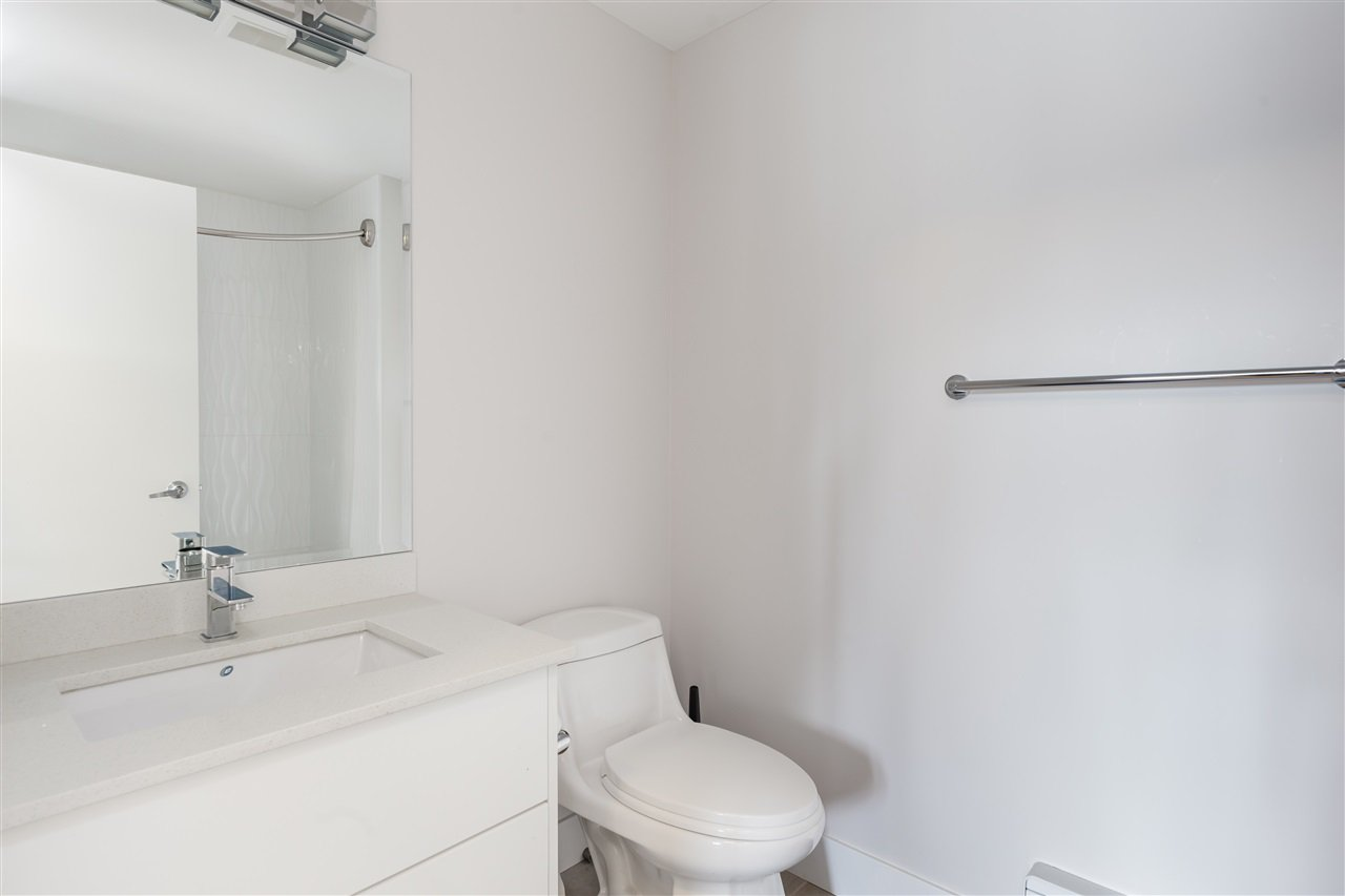 Photo 12: Photos: 503 809 FOURTH AVENUE in New Westminster: Uptown NW Condo for sale : MLS®# R2370878
