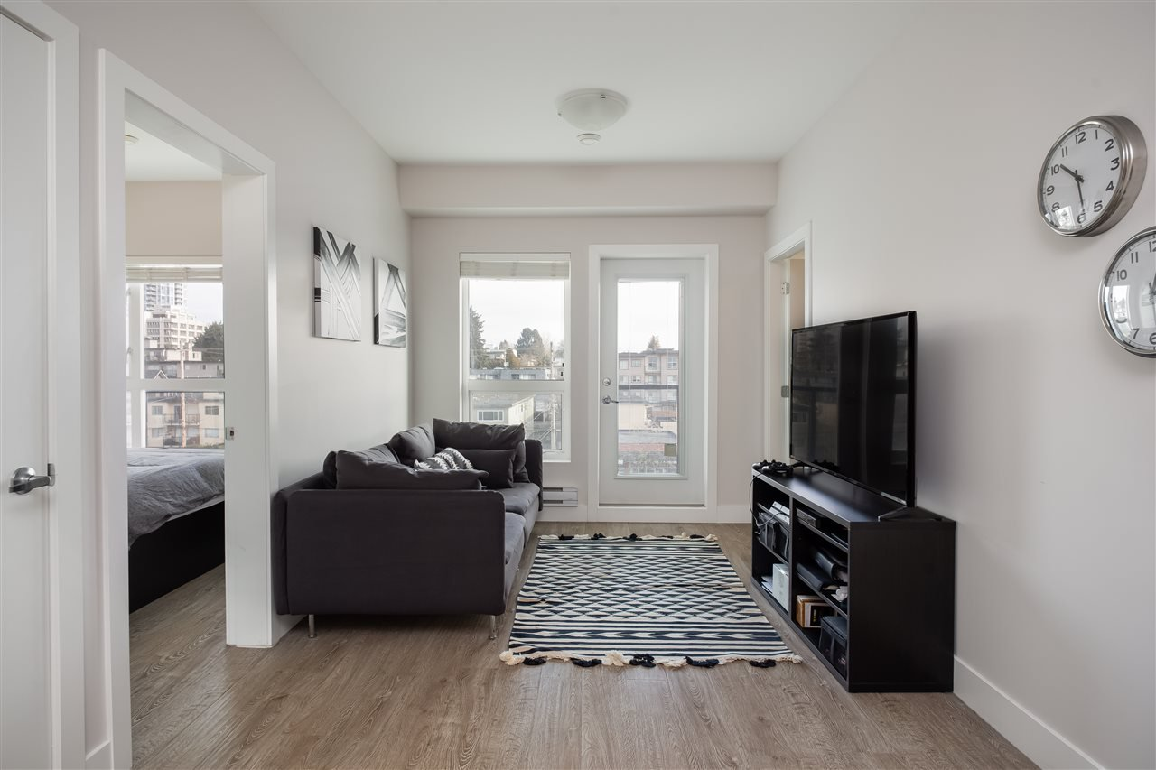 Photo 3: Photos: 503 809 FOURTH AVENUE in New Westminster: Uptown NW Condo for sale : MLS®# R2370878