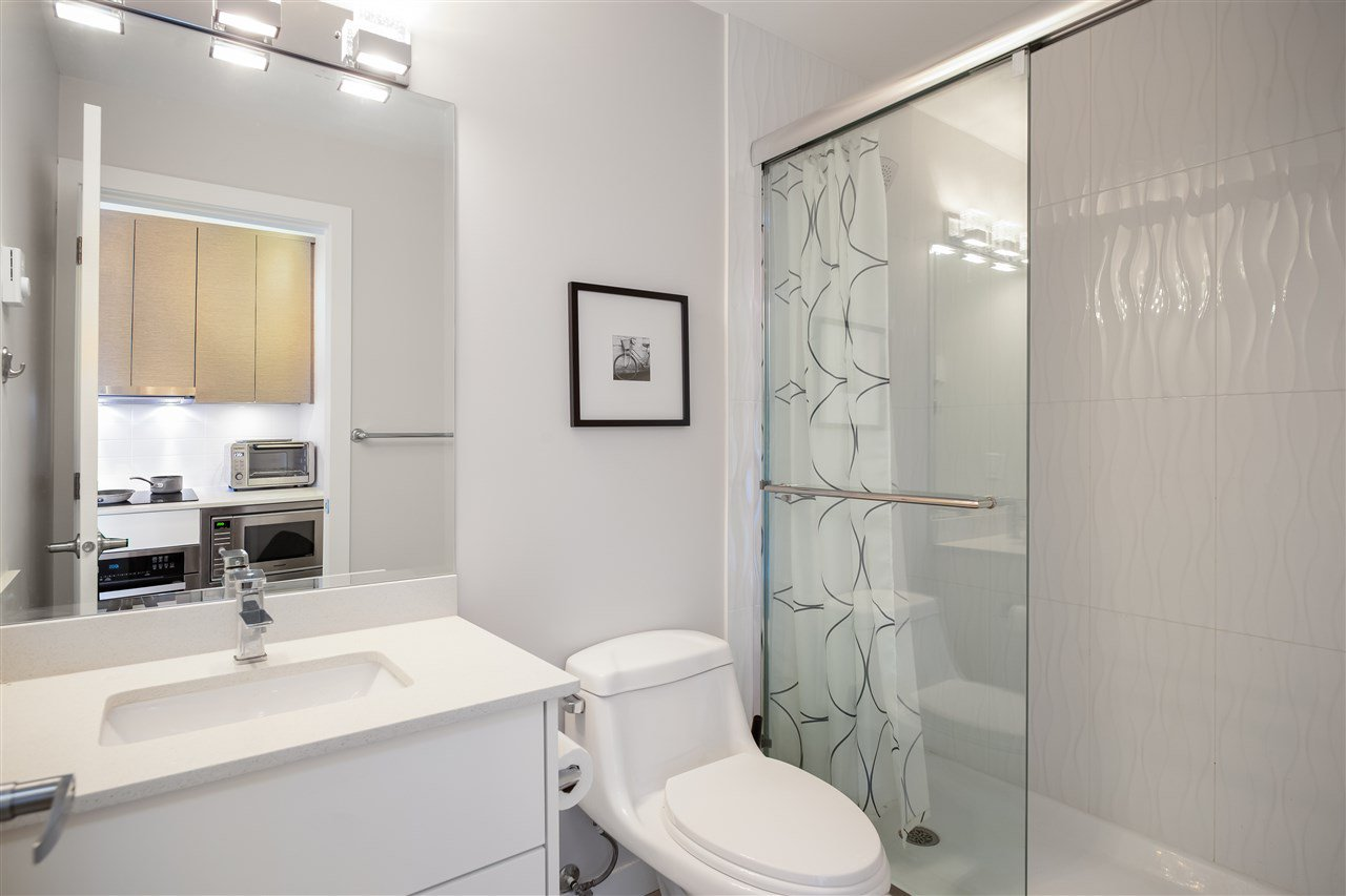 Photo 13: Photos: 503 809 FOURTH AVENUE in New Westminster: Uptown NW Condo for sale : MLS®# R2370878