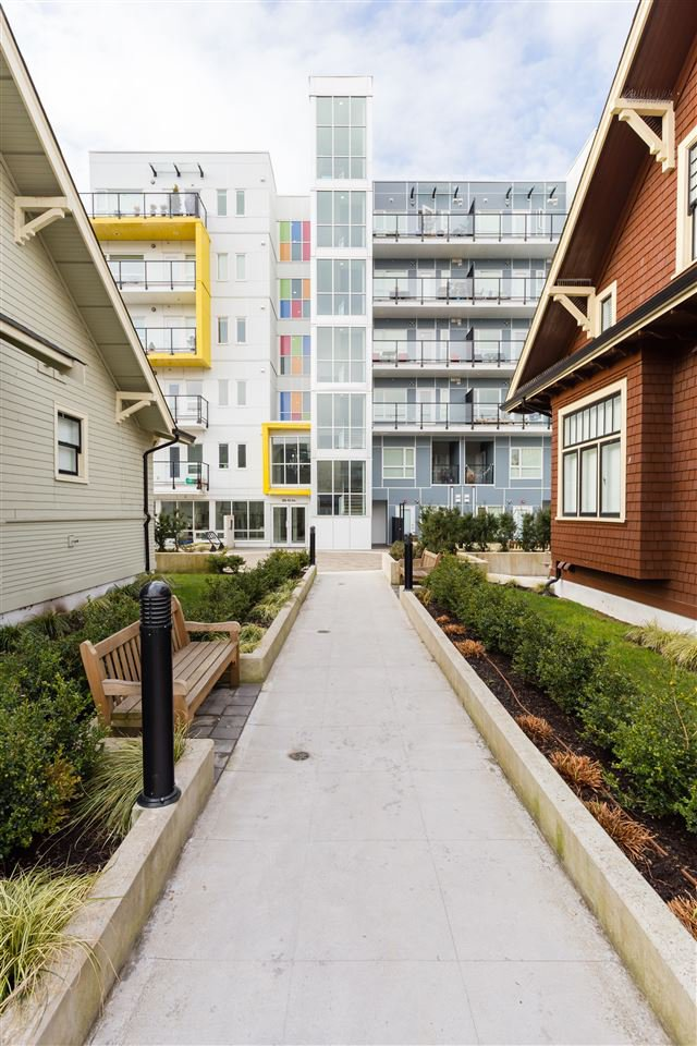 Photo 18: Photos: 503 809 FOURTH AVENUE in New Westminster: Uptown NW Condo for sale : MLS®# R2370878