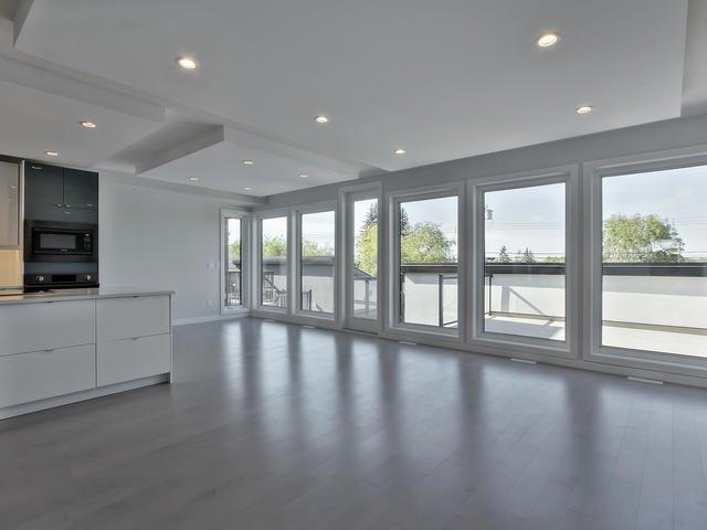 Main Photo: 10764 69 Street in Edmonton: Zone 19 House for sale : MLS®# E4174280