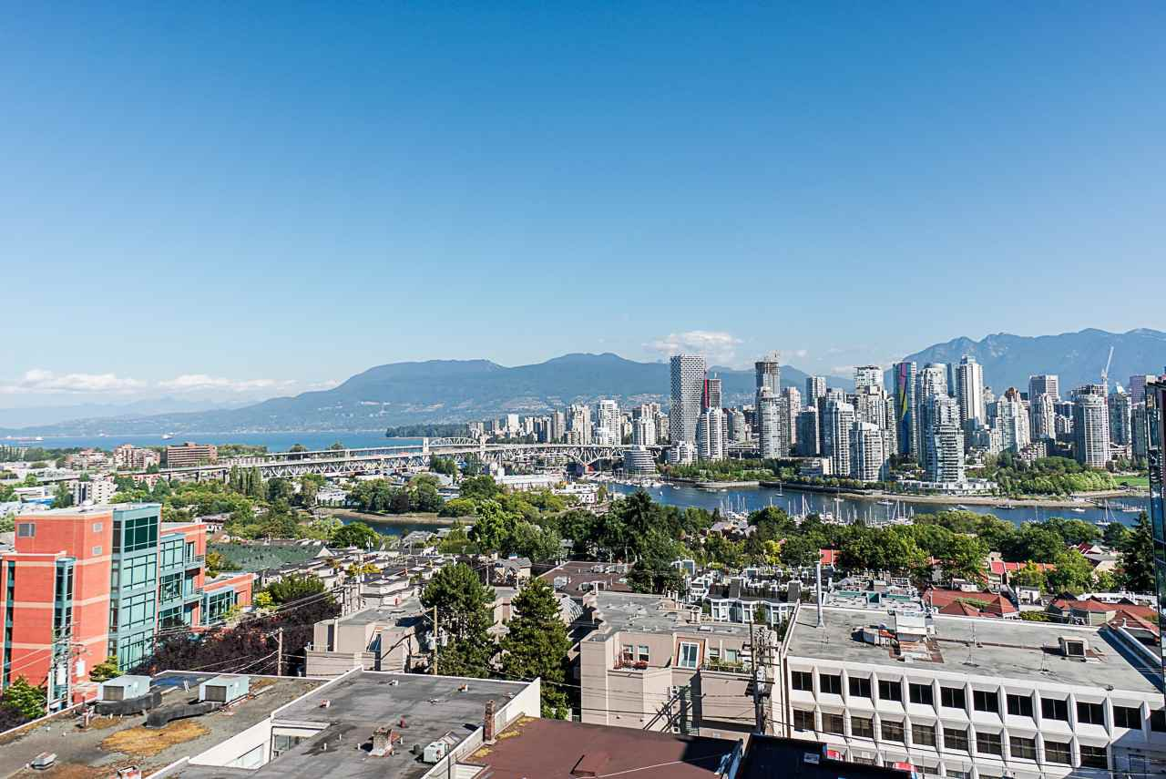 "Main Photo: 1107 1068 W BROADWAY in Vancouver: Fairview VW Condo for sale in ""The Zone"" (Vancouver West)  : MLS®# R2489887"