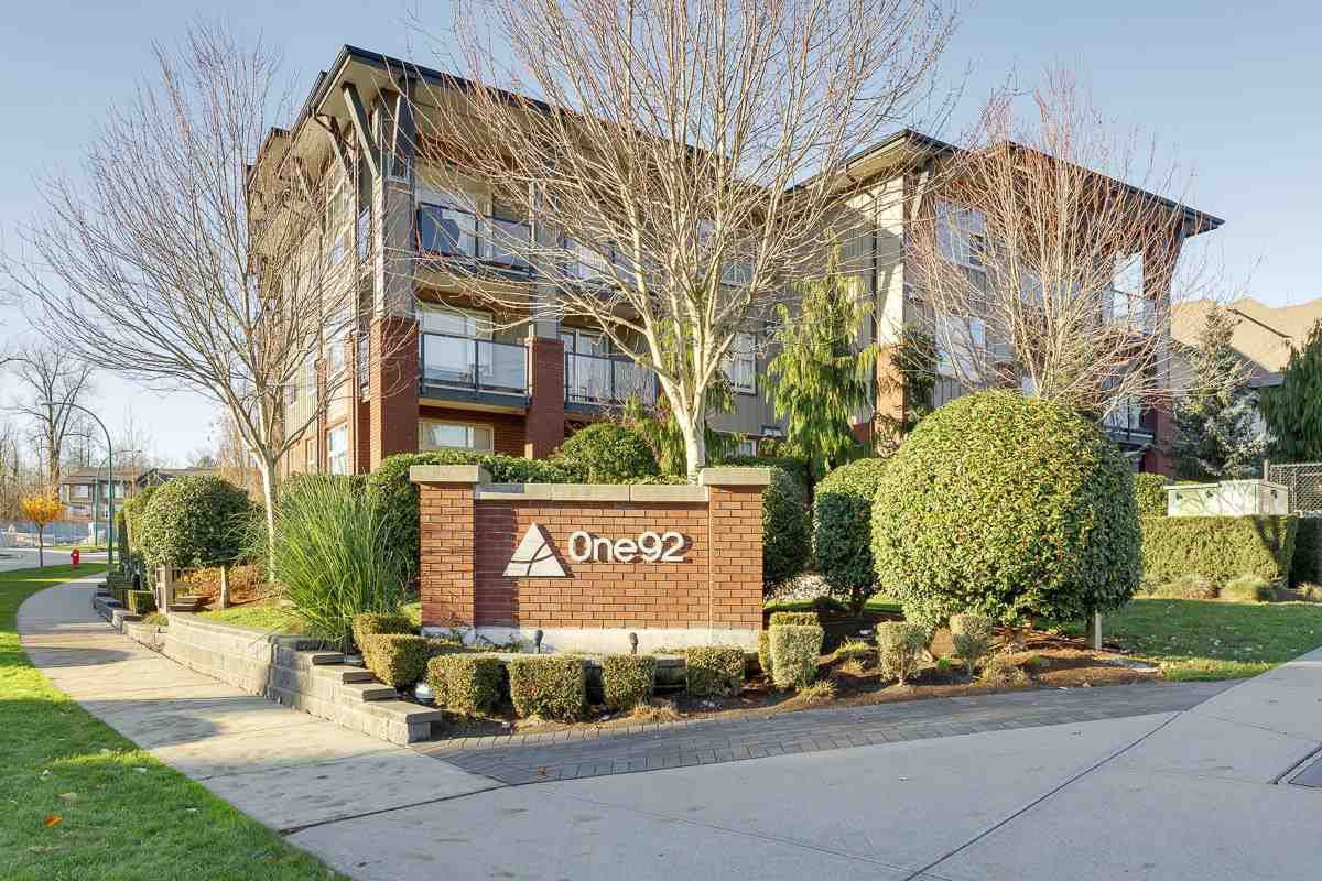 """Main Photo: 103 19201 66A Avenue in Surrey: Clayton Condo for sale in """"ONE92"""" (Cloverdale)  : MLS®# R2521649"""