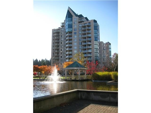 Main Photo: 608 1189 EASTWOOD Street in Coquitlam: North Coquitlam Condo for sale : MLS®# V975895