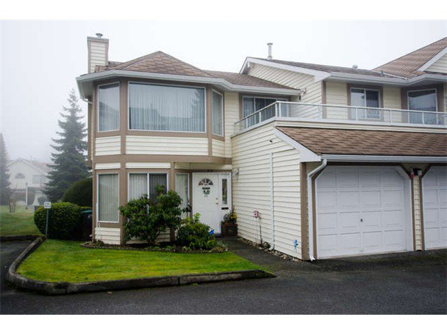 "Main Photo: 49 9279 122ND Street in Surrey: Queen Mary Park Surrey Townhouse for sale in ""Kensington Gate"" : MLS®# F1400768"