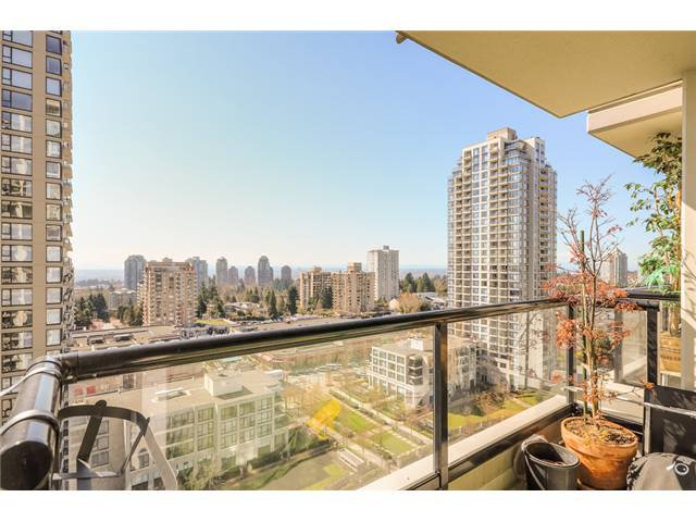 Main Photo: 1601 7178 COLLIER Street in Burnaby: Highgate Condo for sale (Burnaby South)  : MLS®# V1056325