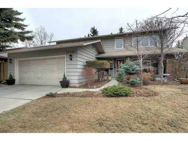 Main Photo: 12218 LAKE ERIE Road SE in CALGARY: Lk Bonavista Estates Residential Detached Single Family for sale (Calgary)  : MLS®# C3611591