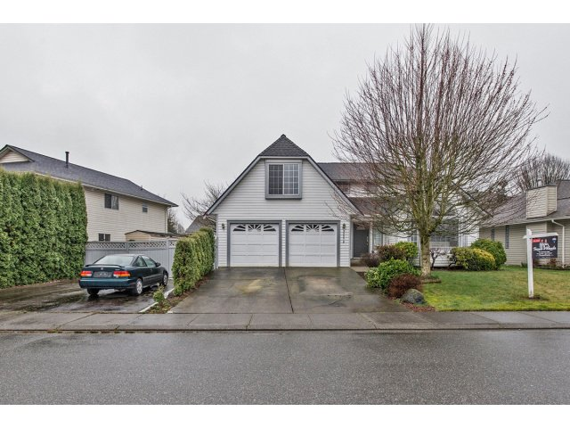 "Main Photo: 32278 ROGERS Avenue in Abbotsford: Abbotsford West House for sale in ""Fairfield Estates"" : MLS®# F1433506"