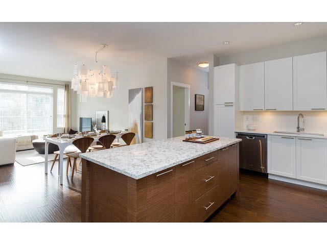 "Main Photo: 304 15188 29A Avenue in Surrey: King George Corridor Condo for sale in ""SOUTH POINT WALK"" (South Surrey White Rock)  : MLS®# F1448455"