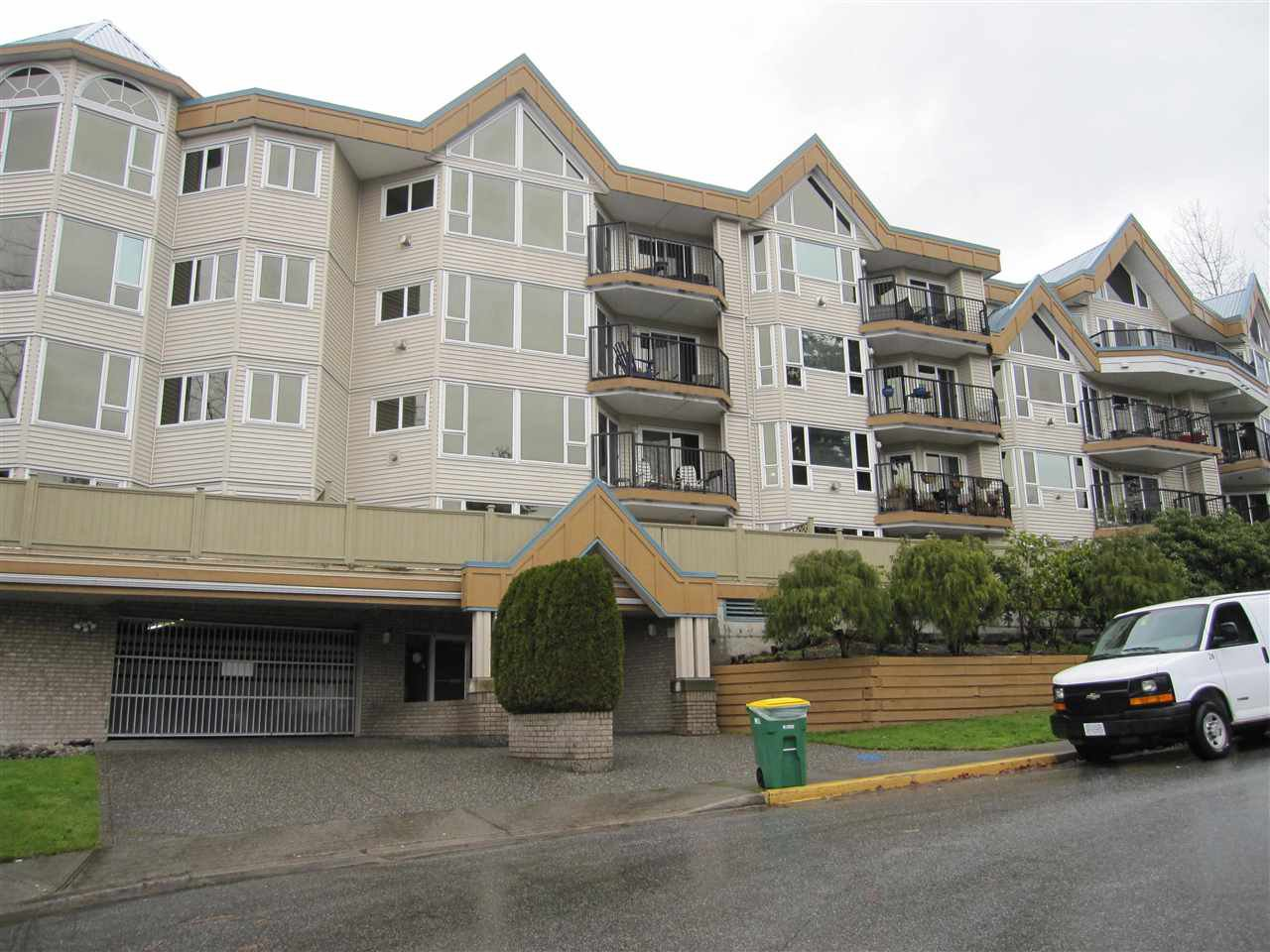 """Main Photo: 105 11595 FRASER Street in Maple Ridge: East Central Condo for sale in """"BRICKWOOD PLACE"""" : MLS®# R2018674"""