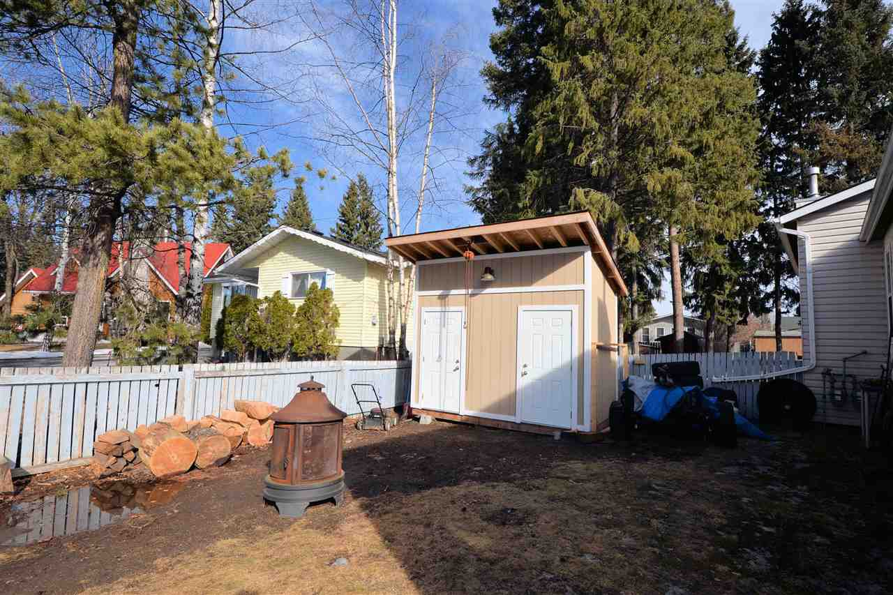 "Photo 17: Photos: 6980 GLADSTONE Drive in Prince George: Lower College House 1/2 Duplex for sale in ""LOWER COLLEGE"" (PG City South (Zone 74))  : MLS®# R2147941"