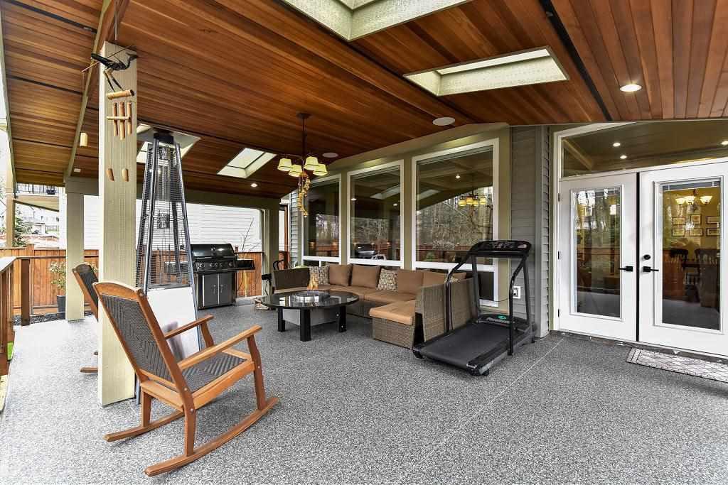 Photo 18: Photos: 8383 167 Street in Surrey: Fleetwood Tynehead House for sale : MLS®# R2147955