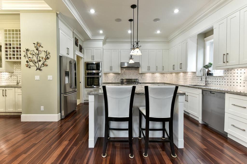 Photo 7: Photos: 8383 167 Street in Surrey: Fleetwood Tynehead House for sale : MLS®# R2147955