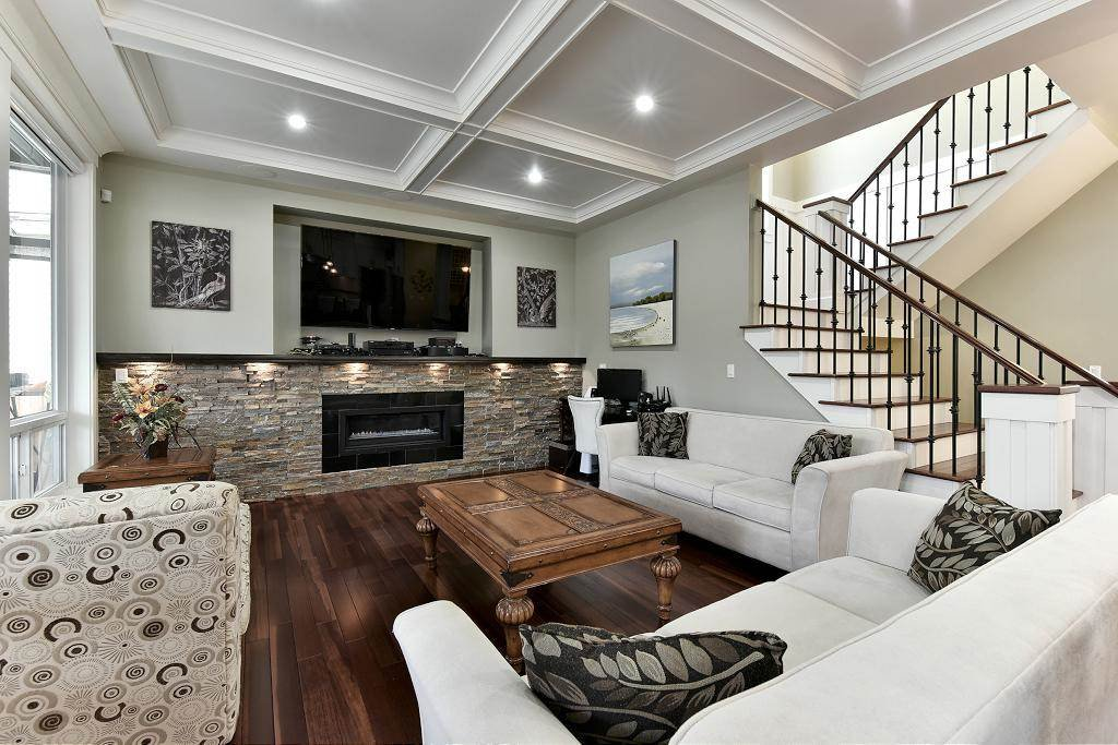 Photo 4: Photos: 8383 167 Street in Surrey: Fleetwood Tynehead House for sale : MLS®# R2147955