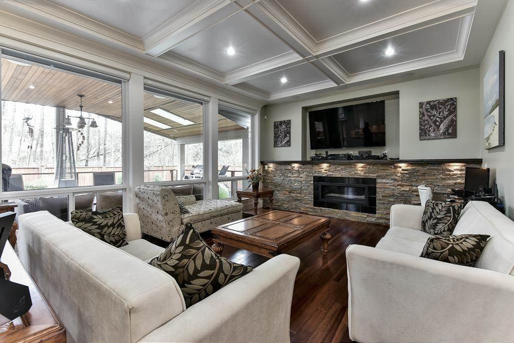 Photo 3: Photos: 8383 167 Street in Surrey: Fleetwood Tynehead House for sale : MLS®# R2147955