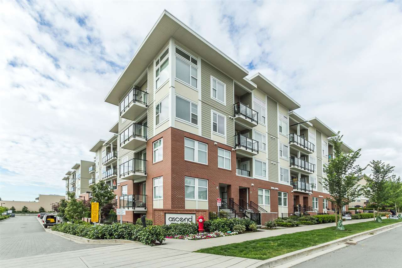 "Main Photo: 325 15956 86A Avenue in Surrey: Fleetwood Tynehead Condo for sale in ""ASCEND"" : MLS®# R2175717"
