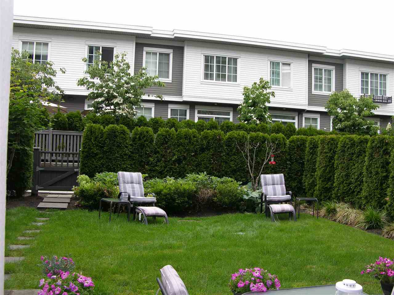 "Photo 2: Photos: 106 3323 151 Street in Surrey: Morgan Creek Condo for sale in ""HARVARD GARDENS - KINGSTON HOUSE"" (South Surrey White Rock)  : MLS®# R2177877"