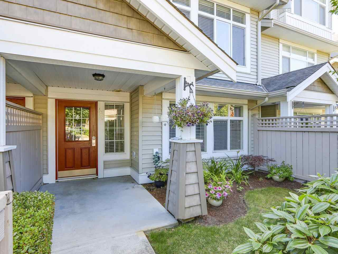 Photo 2: Photos: 43 19330 69 AVENUE in Surrey: Clayton Townhouse for sale (Cloverdale)  : MLS®# R2185704