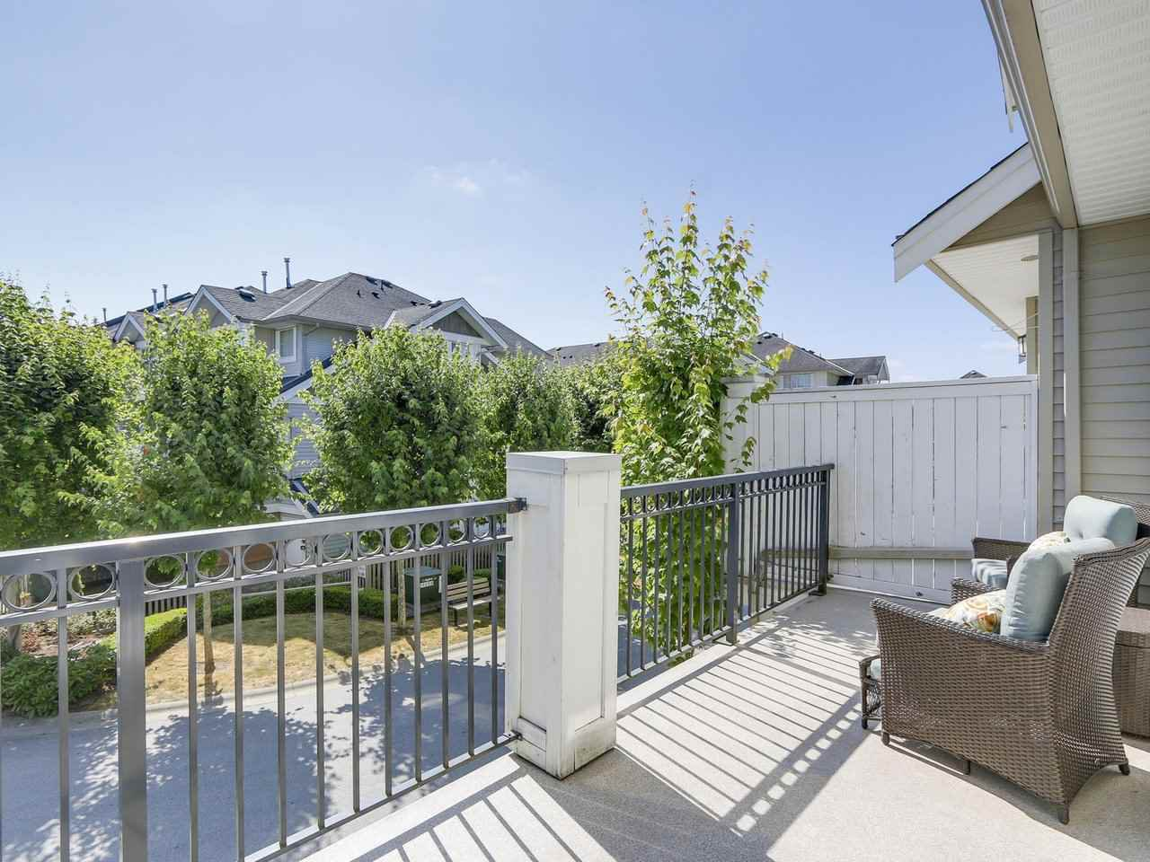 Photo 12: Photos: 43 19330 69 AVENUE in Surrey: Clayton Townhouse for sale (Cloverdale)  : MLS®# R2185704