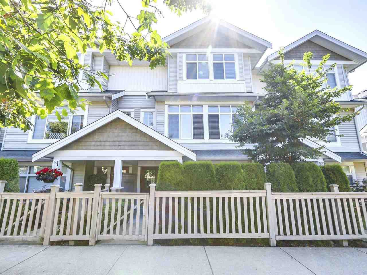 Photo 1: Photos: 43 19330 69 AVENUE in Surrey: Clayton Townhouse for sale (Cloverdale)  : MLS®# R2185704
