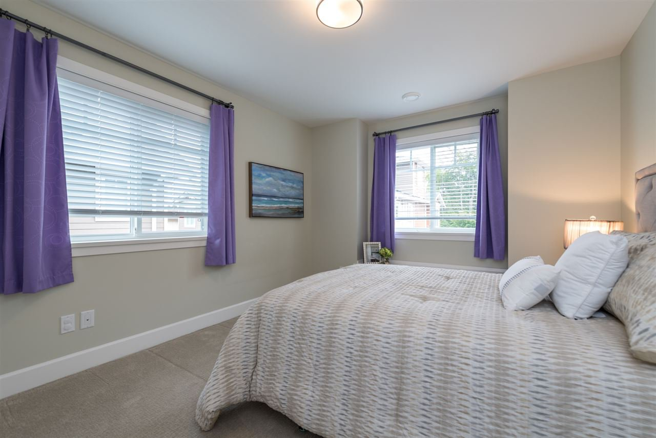 """Photo 15: Photos: 6 6511 NO 2 Road in Richmond: Riverdale RI Townhouse for sale in """"OVAL GARDENS"""" : MLS®# R2191398"""