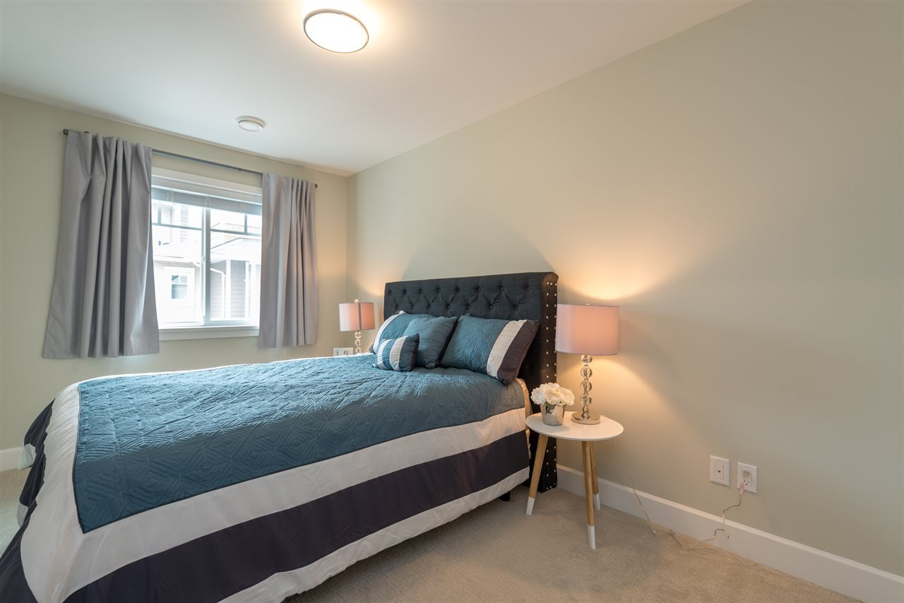 """Photo 16: Photos: 6 6511 NO 2 Road in Richmond: Riverdale RI Townhouse for sale in """"OVAL GARDENS"""" : MLS®# R2191398"""