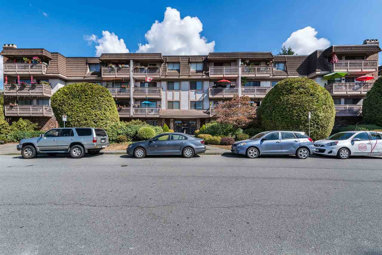 """Main Photo: 110 236 W 2ND Street in North Vancouver: Lower Lonsdale Condo for sale in """"Cragmont Place"""" : MLS®# R2201916"""