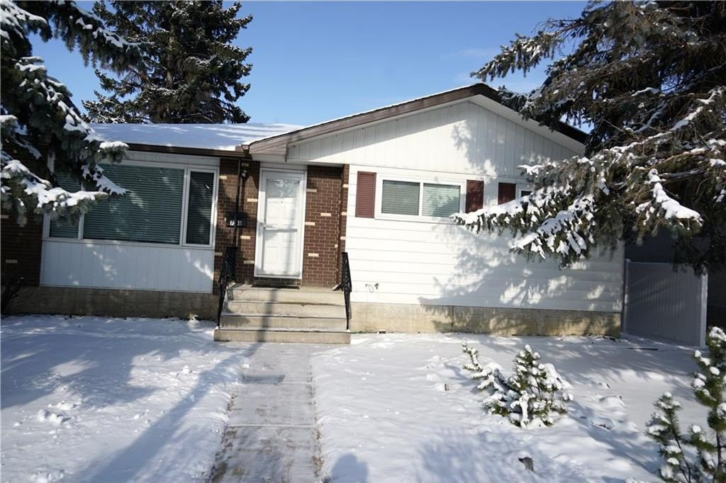 Main Photo: 7348 35 Avenue NW in Calgary: Bowness House for sale : MLS®# C4144781