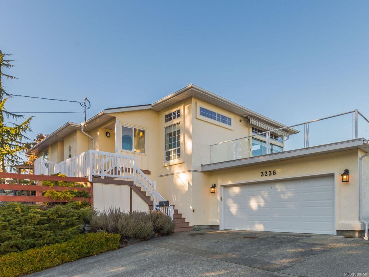 Main Photo: 3236 Lauren Mary Pl in NANAIMO: Na Departure Bay House for sale (Nanaimo)  : MLS®# 780458