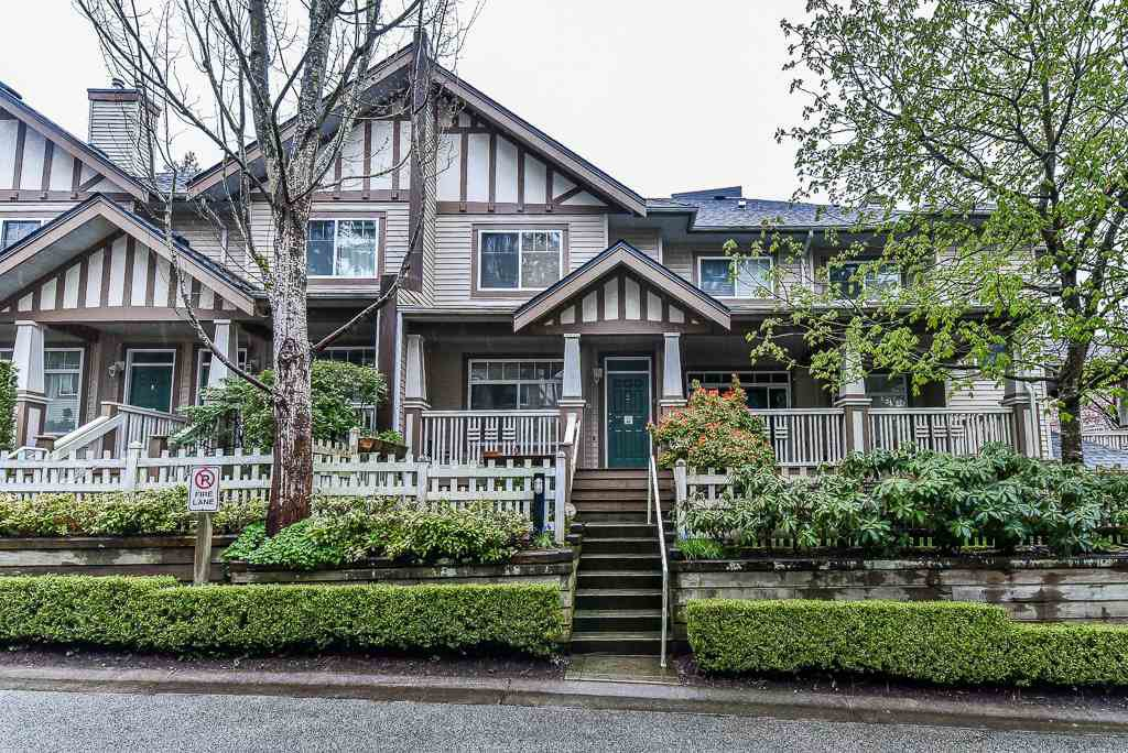 """Main Photo: 63 2678 KING GEORGE Boulevard in Surrey: King George Corridor Townhouse for sale in """"MIRADA"""" (South Surrey White Rock)  : MLS®# R2259103"""
