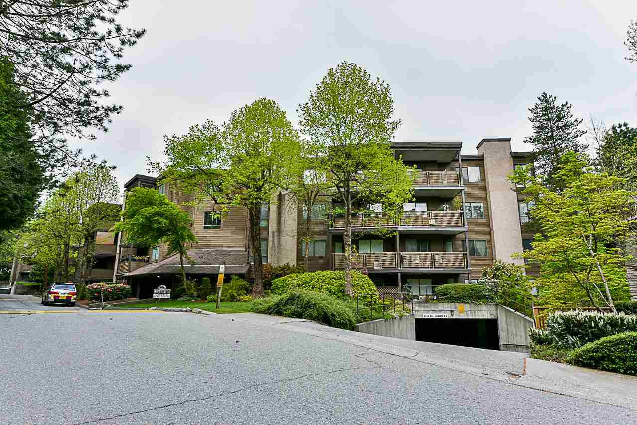 """Main Photo: 101 10680 151A Street in Surrey: Guildford Condo for sale in """"LINCOLN HILLS"""" (North Surrey)  : MLS®# R2260009"""
