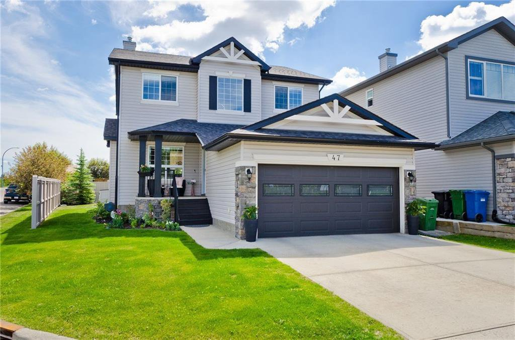 Main Photo: 47 ROCKYWOOD Park NW in Calgary: Rocky Ridge Detached for sale : MLS®# C4223661