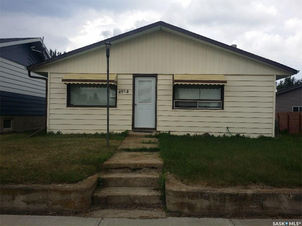 Main Photo: 4914 Post Street in Macklin: Residential for sale : MLS®# SK772778