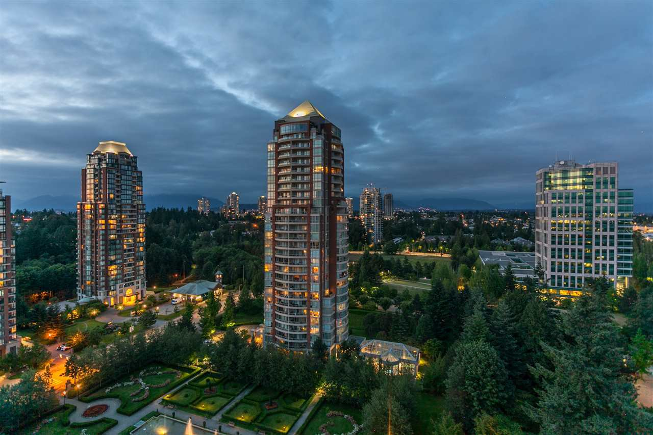 "Photo 18: Photos: 2003 7388 SANDBORNE Avenue in Burnaby: South Slope Condo for sale in ""Mayfair Place"" (Burnaby South)  : MLS®# R2380686"