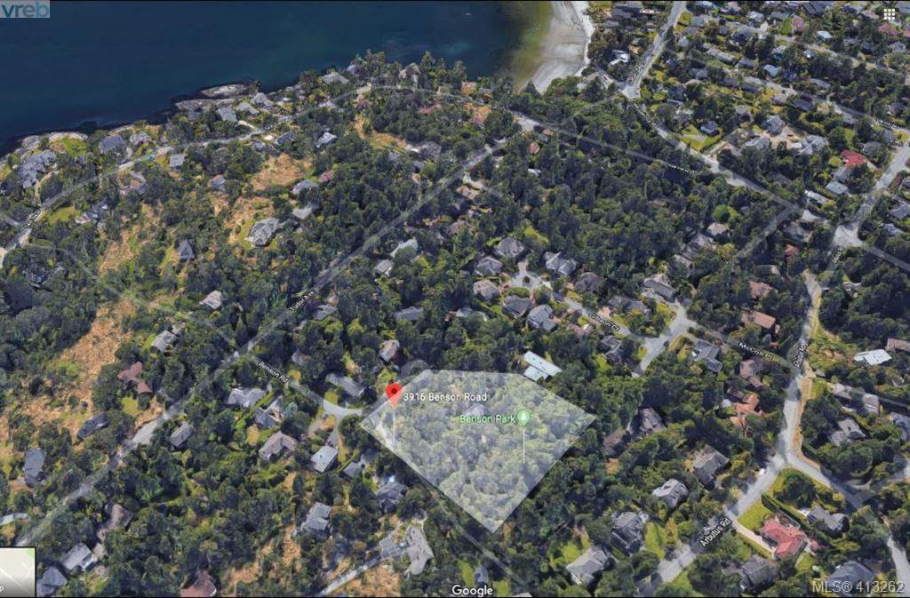 Main Photo: 3916 Benson Road in VICTORIA: SE Ten Mile Point Single Family Detached for sale (Saanich East)  : MLS®# 413262