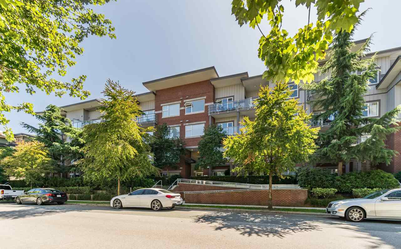 Main Photo: 410 2488 KELLY Avenue in Port Coquitlam: Central Pt Coquitlam Condo for sale : MLS®# R2402074
