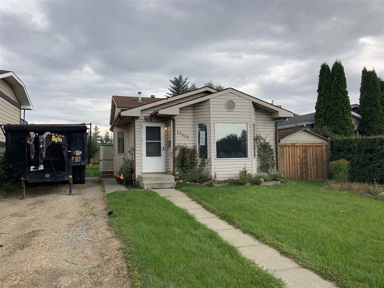Main Photo: 17912 78 Avenue in Edmonton: Zone 20 House for sale : MLS®# E4173200