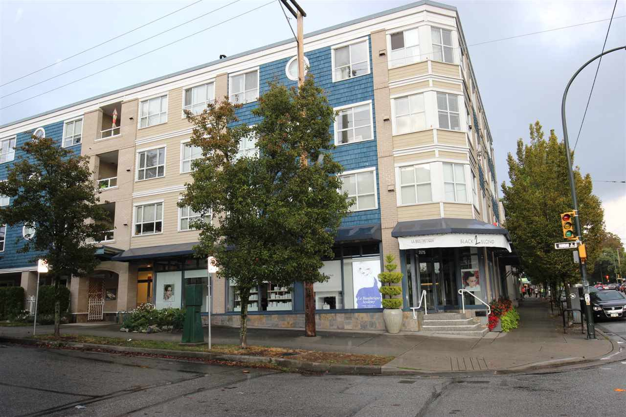 Main Photo: 302 1990 DUNBAR Street in Vancouver: Kitsilano Condo for sale (Vancouver West)  : MLS®# R2404650