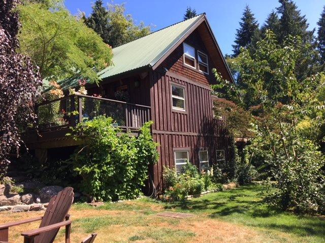 Main Photo: 2595 SYLVAN Drive: Roberts Creek House for sale (Sunshine Coast)  : MLS®# R2481642