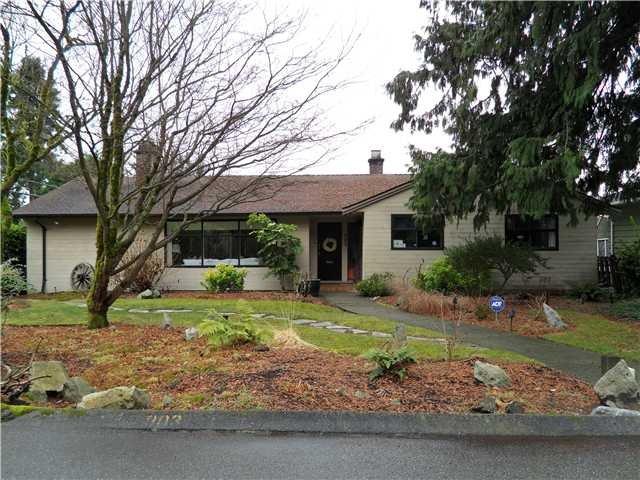 Main Photo: 903 Leovista in North Vancouver: House for sale : MLS®# V931654